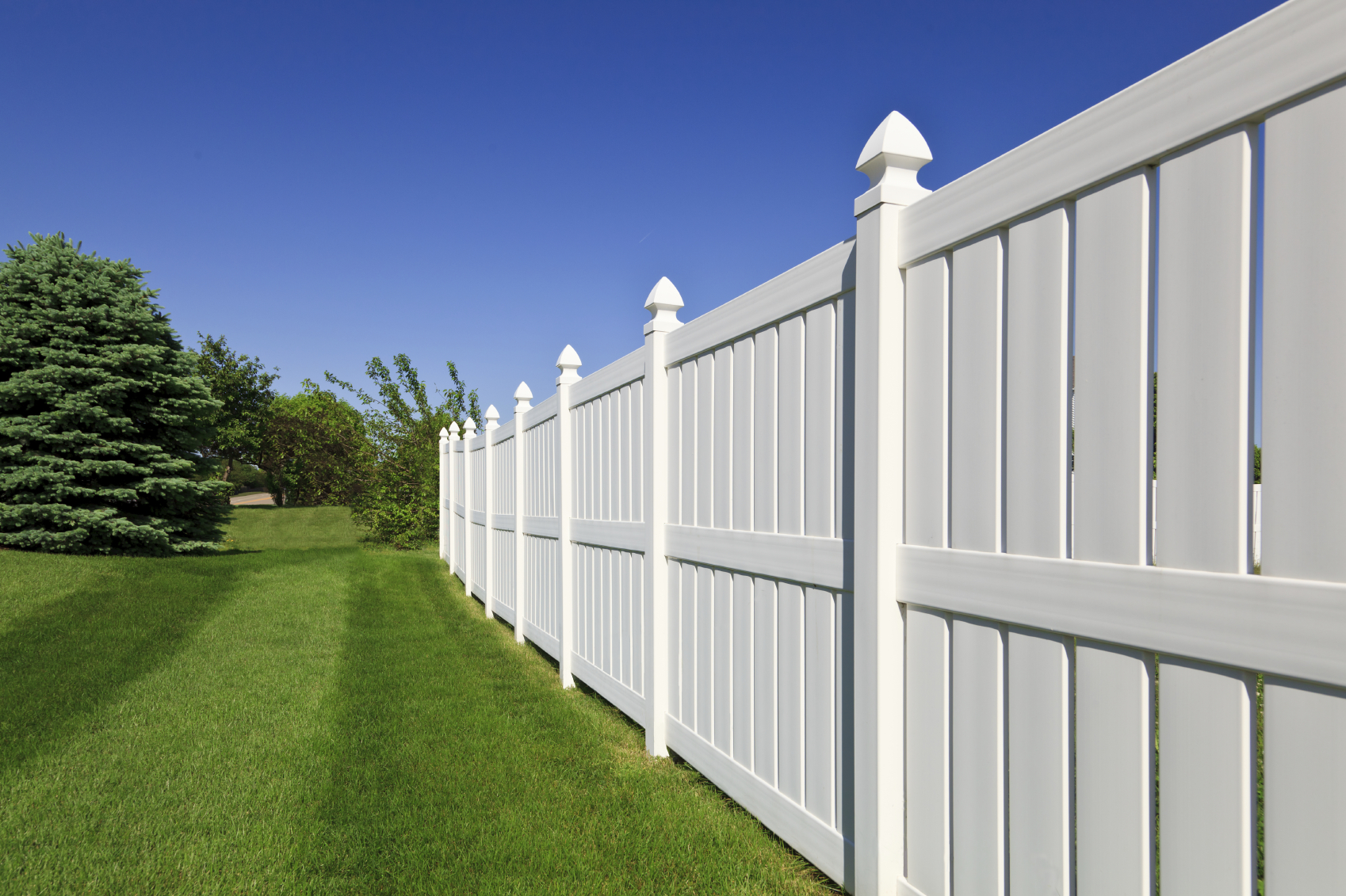Vinyl Fence Example Northern VA Leesburg VA