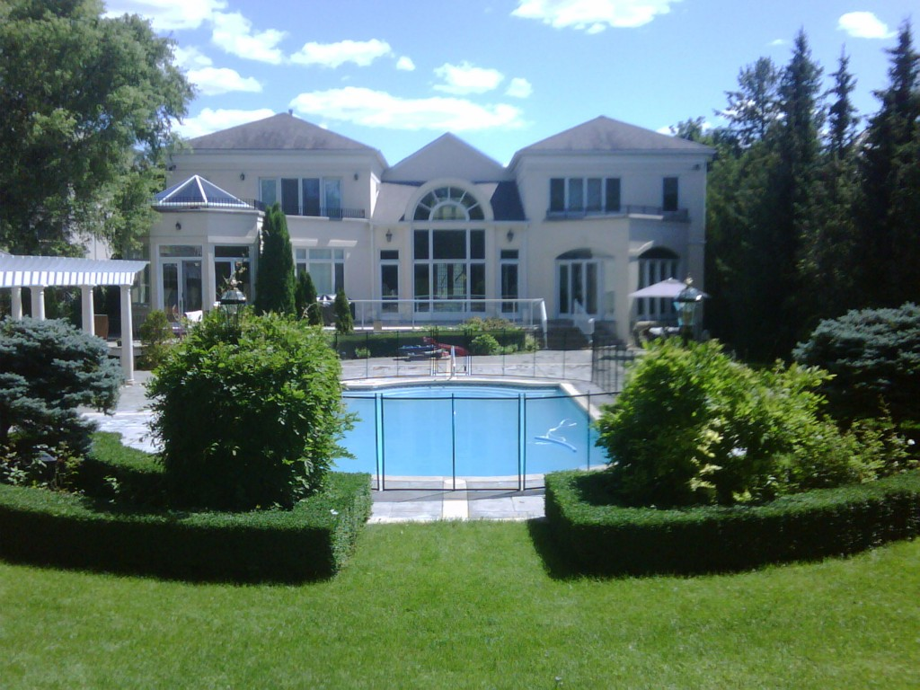 Pool Fence contractor North Virginia