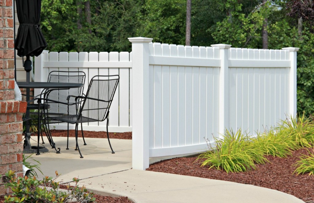 Vinyl Fence Example Northern VA Arlington VA