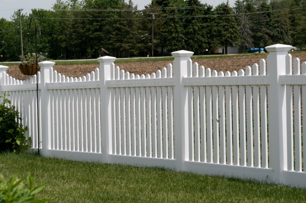Vinyl Fence Example Northern VA Fairfax