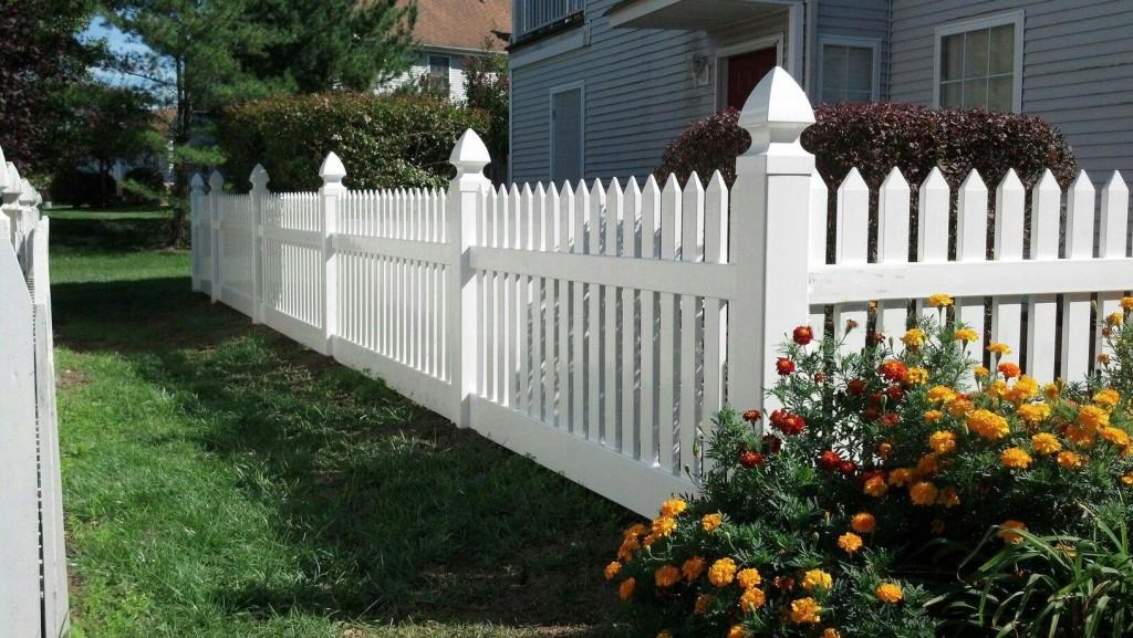 Vinyl Fence Example Northern VA Herndon