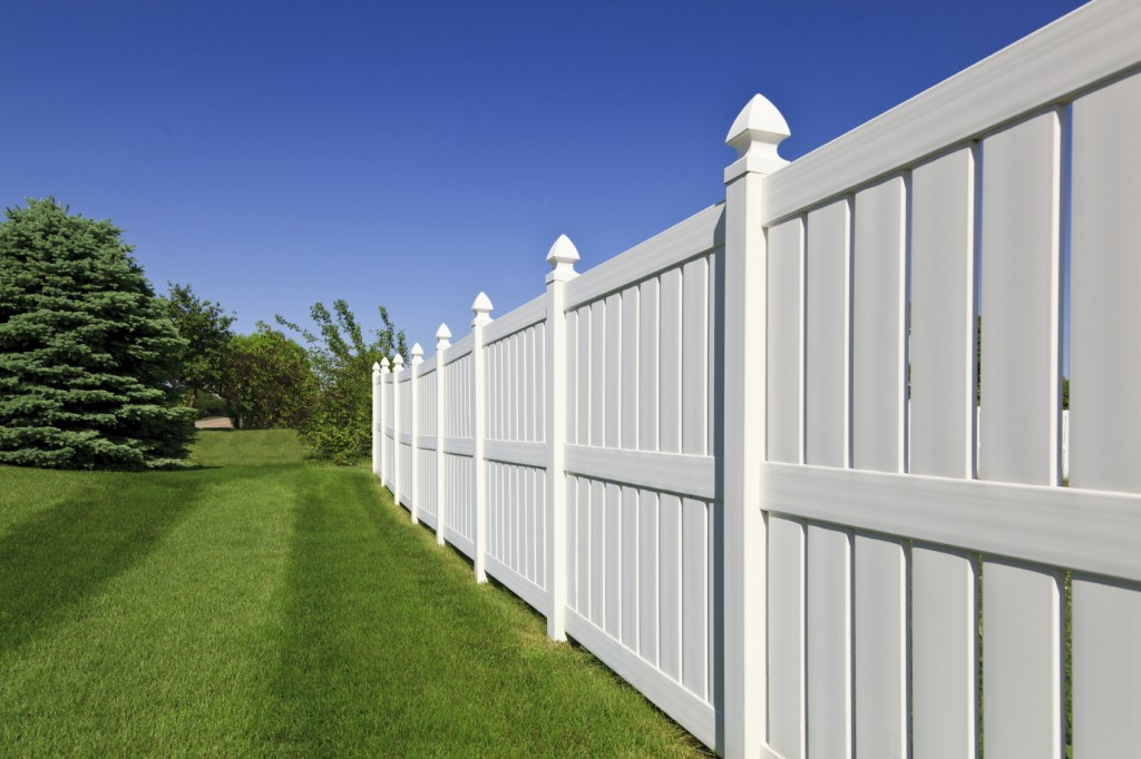 Vinyl Fence Example Northern VA Leesburg VA