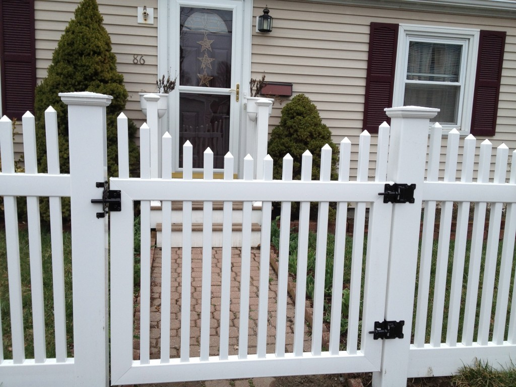 White vinyl picket fence North VA