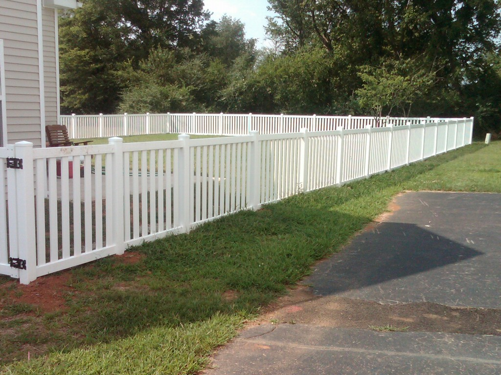 White vinyl picket fence herndon va